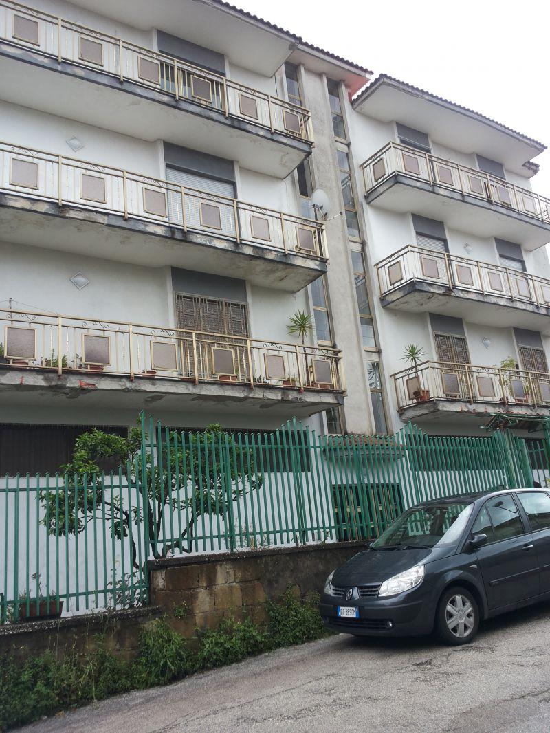 Vendita appartamento via caianiello mugnano di napoli for Case in vendita mugnano di napoli
