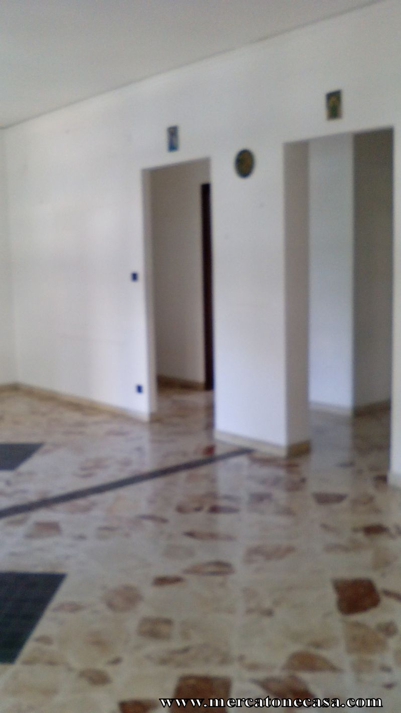 Zona galileo galilei appartamento 4 vani for Classe energetica